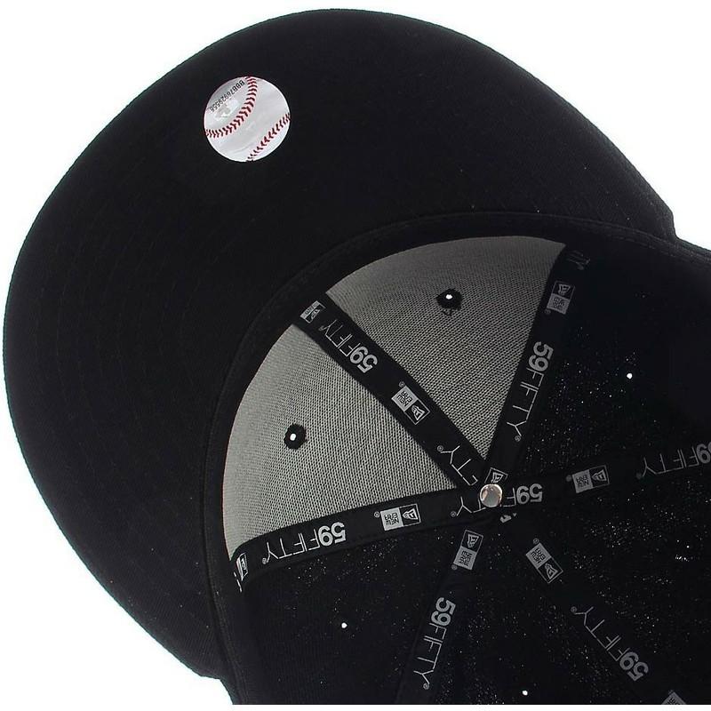 New Era Flat Brim 59FIFTY Essential Boston Red Sox MLB Black Fitted ... 7c8601639822