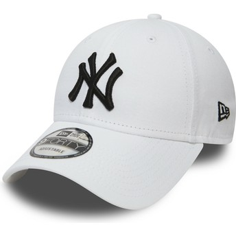 New Era Curved Brim 9FORTY Essential New York Yankees MLB White Adjustable  Cap a4f2eb8a9ee