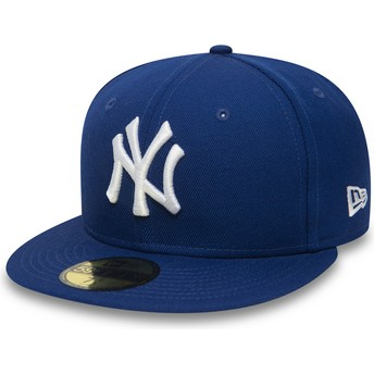 New Era Flat Brim 59FIFTY Essential New York Yankees MLB Blue Fitted Cap