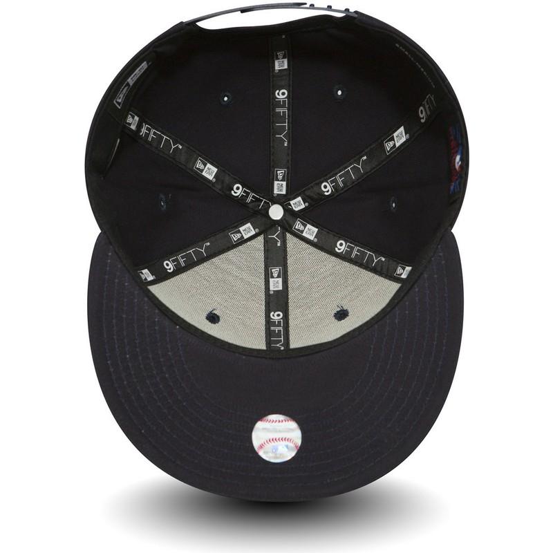 New Era Flat Brim 9FIFTY Essential New York Yankees MLB Navy Blue ... adad0ac32fb