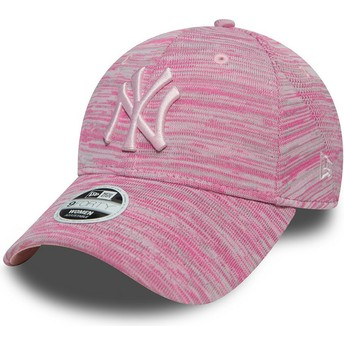 New Era Curved Brim Pink Logo 9FORTY Engineered Fit New York Yankees MLB Pink Adjustable Cap