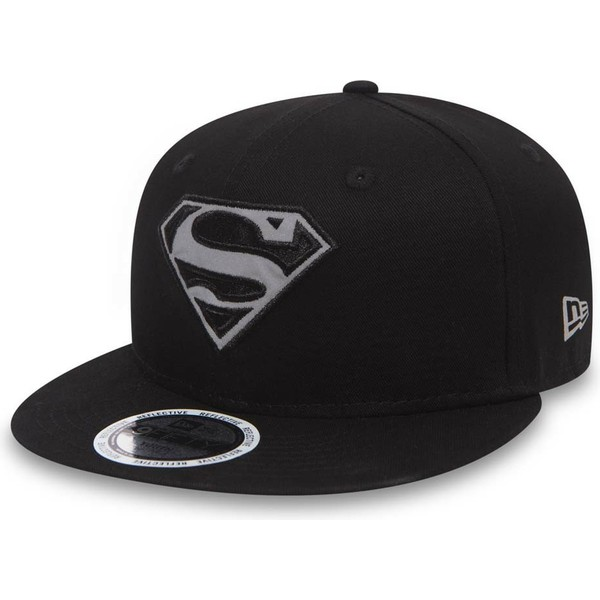new-era-flat-brim-youth-9fifty-reflect-superman-warner-bros-black-snapback-cap