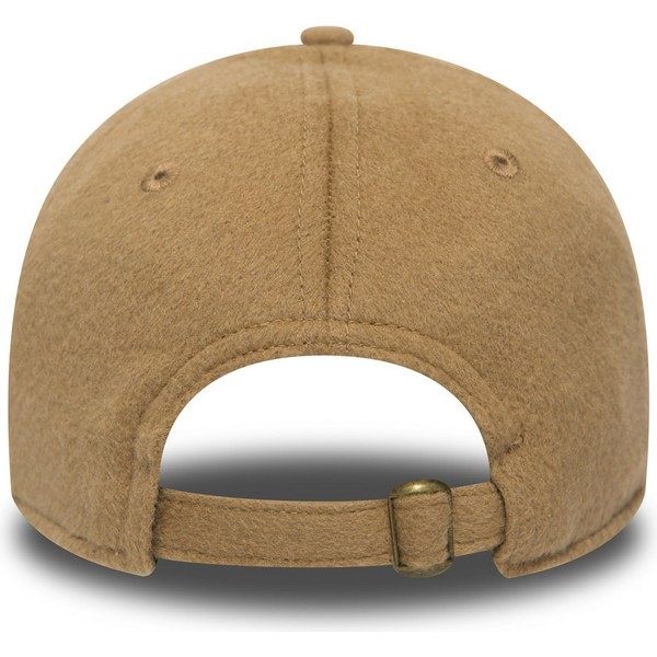 new-era-curved-brim-9forty-camel-hair-brown-adjustable-cap