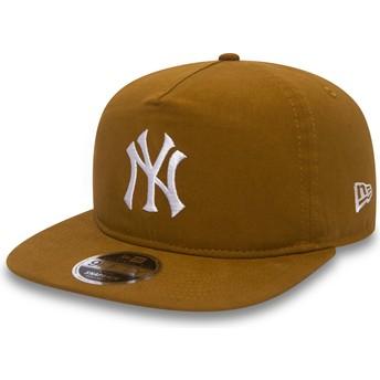 New Era Flat Brim 9FIFTY A Frame Lightweight New York Yankees MLB Brown Snapback Cap