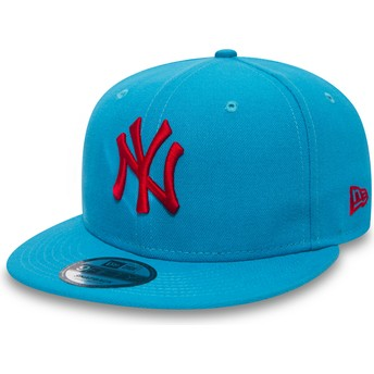 New Era Flat Brim Red Logo 9FIFTY Essential League New York Yankees MLB Blue Snapback Cap