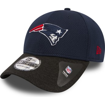 New Era Curved Brim 39THIRTY Shadow Tech New England Patriots NFL Navy Blue Fitted Cap with Black Visor