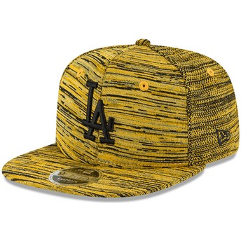 New Era Flat Brim Black Logo 9FIFTY Engineered Fit Los Angeles Dodgers MLB Yellow Snapback Cap