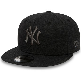 New Era Flat Brim Grey Logo 9FIFTY Essential Jersey New York Yankees MLB Grey Snapback Cap