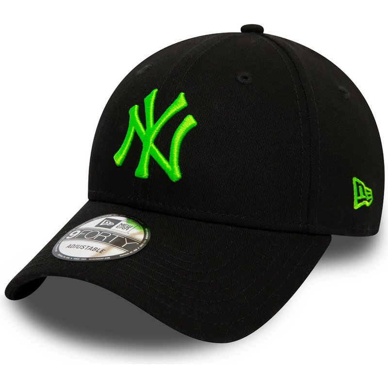 new-era-curved-brim-green-logo-9forty-league-essential-neon-new-york-yankees-mlb-black-adjustable-cap