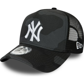 New Era White Logo Essential Camo A Frame New York Yankees MLB Black Camouflage Trucker Hat