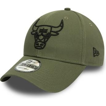 New Era Curved Brim Black Logo 9FORTY League Essential Chicago Bulls NBA Green Adjustable Cap