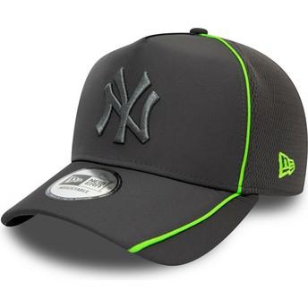 Gorra curva gris snapback con logo gris Feather Pipe A Frame de New York Yankees MLB de New Era