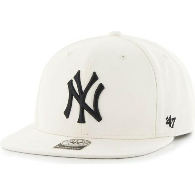 47 Brand Flat Brim MLB New York Yankees Smooth White Snapback Cap ... 1cdbaa2e0cb