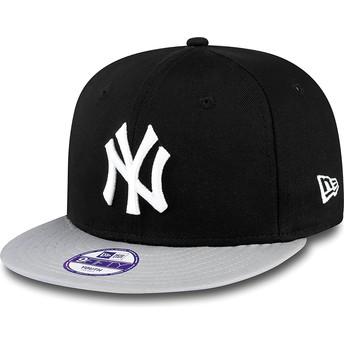 Gorra plana negra snapback para niño 9FIFTY Cotton Block de New York Yankees MLB de New Era