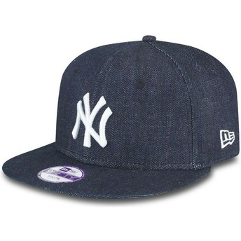 New Era Flat Brim Youth 9FIFTY Essential New York Yankees MLB Navy Blue Snapback Cap