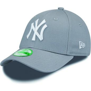 Gorra curva gris ajustable para niño 9FORTY Essential de New York Yankees MLB de New Era